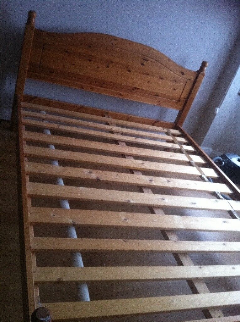 Bed 5ft with mattress