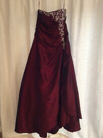 Size 14 Beautiful burgundy prom wedding lace up back dress with matching bag and lipstick case