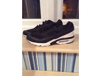 Nike Air Max BW Ultra Trainers Mens UK 8 RRP £105 Mint Condition
