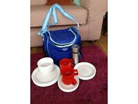 Melamine picnic ware and cool bag