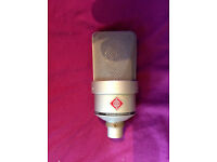 Neumann TLM 103 with clip and case