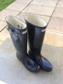 Hunter Ladies Tall Black Gloss Wellington Boots UK 7