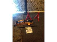 2 tonne trolley jack hydraulic with axel stands
