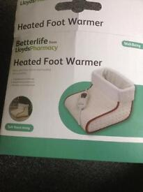 Heated foot warmer