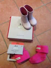 Hunters kids first gloss pink welly boots & Hunters kids Pink boot socks, size 4