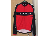 Mens Altura cycle Jersey - like new!