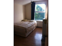 * Double room in Stamford Hill *