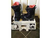 Women's snowboarding boots. Black Size 40.5