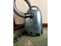 ELECTROLUX Powerlite 1800W vacuum cleaner with attachments