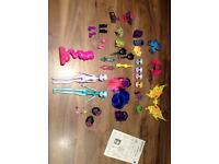 2 X Monster High Inner monster dolls