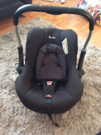 Black silver cross baby car seat. Good clean condition. Pick up castlereagh area