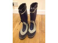 Sailing wellies size 8