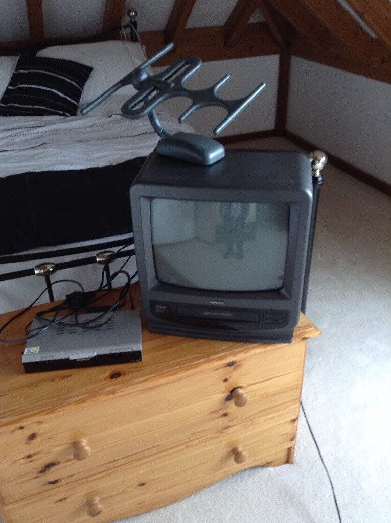 Portable TV / Cassette Player