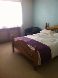 2 BED F/F/FLAT MILHAVEN CLOSE, ROMFORD, RM6