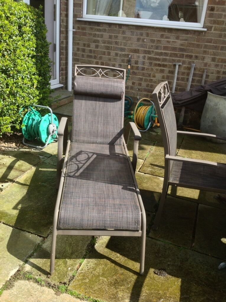 Leisure Grow Gold Coast Sun Loungers X2 Excellent