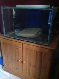 Marine aquarium and equipment