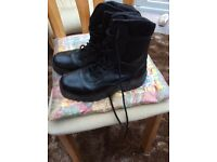 Army or cadet boots black size uk 7