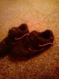 girls lonsdale trainers size 1