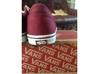 Girls vans off the wall new trainers size uk 2.5