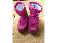 Girls parallel snow boots size 1