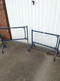 Height adjustable metal trestles