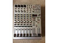 Beringher Eurorack UB1204FX-Pro Mixer