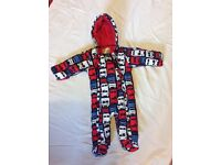 Boys snow suit 3-6 mth from M&S. Excellent condition.