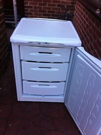 FROST FREE HOTPOINT ''FUTURE'' UNDERCOUNTER FREEZER IN GOOD WORKING CONDITION.