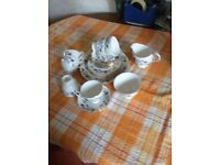 21 Piece Bone China Colclough English Tea Set - New