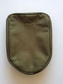 Trakker scales pouch