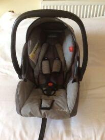 Recaro Young Profi Plus Infant car seat- birth- 13kg . ISofix or Car seat straps. RRP new £114.99