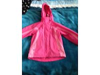 Girls mountain wearhouse coat 3in1 in very good condition age 5-6 from pet and smoke free home £15