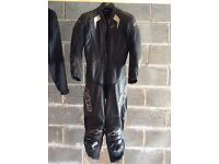 Motorbike, road bike 1 peice Alpine stars leathers, trigger suite