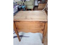 1930s comode stripped pine complete with pot! Ideal coffee table!