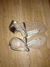 Sandals/Shoes.
