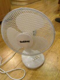 Beldray Oscillating Desk Fan