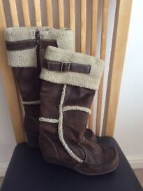 Brown and Fur Wedge Boots. Size 5. Bargain