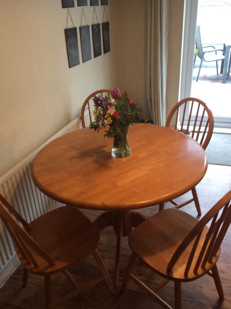 Enjoyable Ercol Style Dining Table In Pine Includes 4 Chairs In Portslade Download Free Architecture Designs Licukmadebymaigaardcom