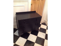 solid wood BLACK chest of drawers. roomy drawers. IMMACULATE condition. only £35 (no offers)