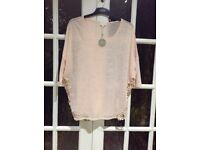 Ladies top by Apricot