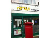 Empty Internet cafe for rent on busy area £750 per month