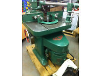 Wilson Spindle Moulder & Feeder - 3 Phase, Well Engineered Machine - Can Pallet