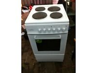 BRAND NEW ELECTRIC HOB AND COOKER PERFECT FOR CHRISTMAS