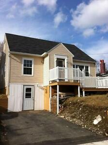382a Hamilton Ave Ext- Modern 1 bdrm heat & light Included!