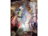 Monster High Freaky Fusion Dolls x9