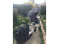 Oyster stroller and carry cot including star colour pack, rain covers and sun net. Used condition.