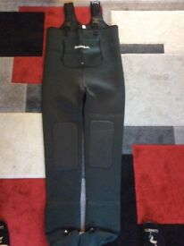 Snowbee Neoprene Chest Waders size XL