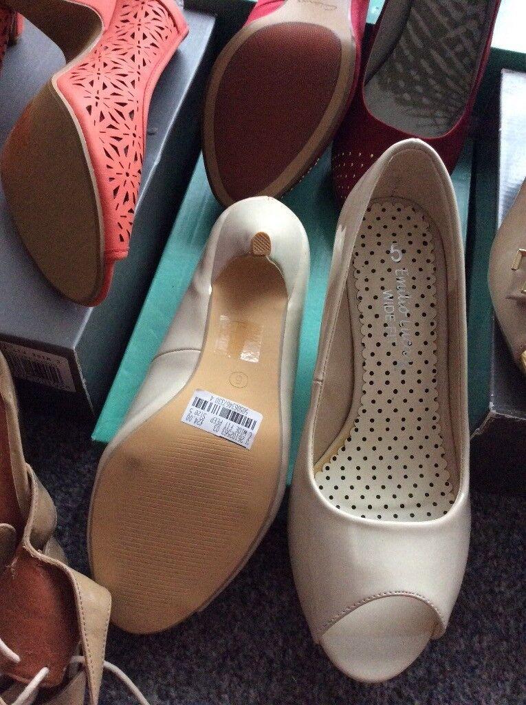Ladies shoes three pairs