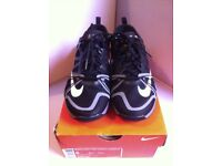 NIKE BLACK FREE CROSS COMPETE TRAINERS [SIZE 2.5] NEW IN BOX