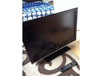 Sony 32 inch HD LCD TV for sale £60 o.n.o.